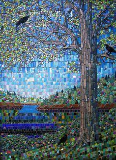 """""""Conspiration"""" de Michael SWEERE, créateur de tableaux de mosaïque en utilisant des matériaux non traditionnels, tels que morceaux cassés de vaisselle, céramique, porcelaine , verre et autre suivant son inspiration."""