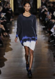 Winter 2014 Collection - Watch the show on Stella McCartney Online