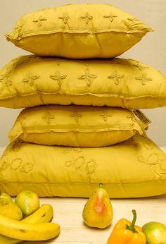 Línea de almohadones Shabby, color pistacho.