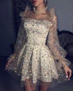 Fashion Tips Moda .Fashion Tips Moda Pretty Dresses, Beautiful Dresses, Glamouröse Outfits, Vegas Outfits, Woman Outfits, Club Outfits, Dinner Outfits, Summer Outfits, Summer Fashions