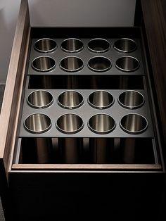 velia   dark anodized and bronzed aluminium accessories (ava…   Flickr