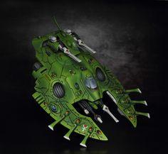 Eldar Bieltan Wave Serpent painted by Vardek. Warhammer Eldar, Sci Fi Spaceships, Warhammer 40k Miniatures, Minis, Diy And Crafts, Wave, Gaming, Army, Collage