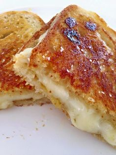 Wolfgang Puck's No Ordinary Grilled Cheese Sandwich.Fig Jam and Honey Make This Special (Cheese Sandwich Recipes) Fig Recipes, Chef Recipes, Food Network Recipes, Cooking Recipes, Cooking 101, Brunch Recipes, Best Grilled Cheese, Grilled Cheese Recipes, Grilled Cheeses