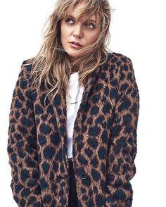 NÖJE. Tove Lo är med på listan över sommarvärdar i P1 i sommar. I höstas träffade vi henne för en stor intervju om nya albumet karriären och livet som artist. Läs intervjun på elle.se  länk i bio.  #ellesverige Foto: Honer Akrawi  @honerakrawi Stylist: Christopher Insulander  via ELLE SWEDEN MAGAZINE OFFICIAL INSTAGRAM - Fashion Campaigns  Haute Couture  Advertising  Editorial Photography  Magazine Cover Designs  Supermodels  Runway Models