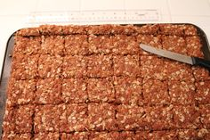Crunchies — Traditional South African Oatmeal Cookie Bars - I Cook Different South African Dishes, South African Recipes, South African Desserts, Crunchie Recipes, Kos, Scones, Oatmeal Cookie Bars, Good Food, Yummy Food