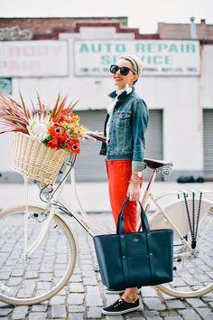 Blair Eadie of Atlantic Pacific featuring kate spade new york. Bike Style, Style Me, Denim Style, Classic Style, Vetements Clothing, Head Band, Blair Eadie, Atlantic Pacific, Moda Paris
