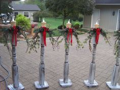 Check out these DIY outdoor Christmas decorations that make it cheap and easy to get your porch and yard looking festive for the Holidays! Make your home the most festive on the block with these creative DIY Christmas decorations! Wood Christmas Outdoor Decorations Twigs + Branches + Logs + Thin Sliced Wood Pieces for Ears (Free) + Wood Balls for … … Continue reading →