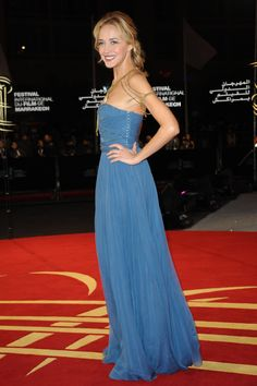 Hélène de Fougerolles was in Dior at the 'Black Gold' premiere during the Marrakech International Film Festival 2011. Discover the latest news of the House on www.dior.com