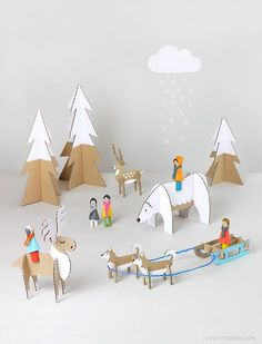 Free printables to create animals - Peg Dolls Winter Wonderland / diy cardboard toy templates / Mr Printables Fun Crafts For Kids, Diy For Kids, Kids Fun, Peg Doll, Mr Printables, Free Printable, Printable Animals, Printable Crafts, Printable Templates