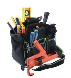 DUNLOP works. Praktische Werkzeugtaschen und Werkzeuggürtel die Ihre tägliche Arbeit erleichtern und Ihr Werkzeug immer griffbereit zur Verfügung halten. Sprechen Sie uns an. Wir führen das komplette Sortiment der DUNLOP works Produkte.