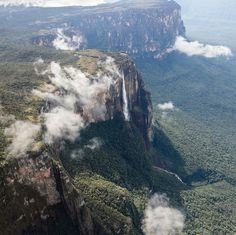 Angel Falls, Venezuela | 30 Sights That Will Give You A Serious Case Of Wanderlust