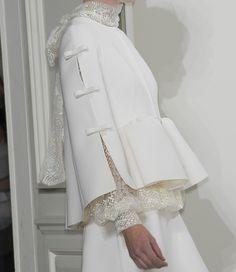 valentino haute couture 2010  via:idreamofaworldofcouture.tumblr