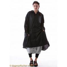 Regenabweisender Oversize Mantel von RUNDHOLZ BLACK LABEL - dagmarfischermode.de