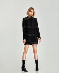 Textured Frock Coat at Zara High Street Fashion, Street Style, Frock Coat, Office Fashion, Women's Fashion, Blazer Buttons, Zara Women, Blazers For Women, Frocks
