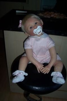 How adorable is this one~ Life Like Baby Dolls, Life Like Babies, Cute Baby Dolls, Cute Babies, Reborn Toddler, Toddler Dolls, Child Doll, Reborn Baby Dolls, Beautiful Babies