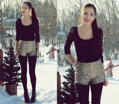 Holiday Outfit | Black Long Sleeve, Gold Sequin Shorts, Black tights, Boots