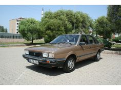 Volkswagen Santana 1.6 SİTEDE TEK-1982 VOLKSWAGEN SANTANA- 1.6- OTOMATİK VİTES - L.P.G.