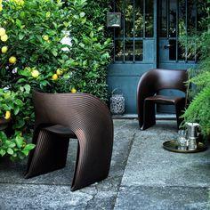 Φέρνουμε άρωμα καλοκαιριού στον προσωπικό σας  χώρο...  16 με 28 Μαΐου επιλέξτε έπιπλα εξωτερικού χώρου από τους ιταλικούς οίκους Cappellini & Magis με έκπτωση 25% Chair, Furniture, Home Decor, Recliner, Homemade Home Decor, Home Furnishings, Decoration Home, Chairs, Arredamento