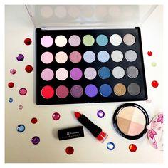 ❤️❤️ BH Cosmetics 28 Color Smoky Eye Palette, Bu harika palete Jimoda.com 'dan sahip olabilirsiniz. ❤️❤️  #Makeup #Makyaj #Bakım #Kozmetik #Gözpaleti #Gününmakyajı #Makyajçantam #Kozmetiksatış #Eotd #Ootd #istanbul #Ankara #izmir #vloggers #bloggers #makyajım #motd #bbloggers #fbloggers #beautybloggers #onlinebutik #kozmetiksatışı