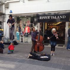 Buskers on Shop St Walks, River Island, Ireland, City, Shop, Pictures, Photos, Cities, Irish