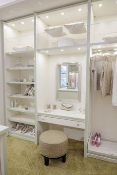 Ankleidezimmer mit Schminktisch Walk-in closet / dressing room with dressing table by CABINET – check out how to create the glamor look in the dressing [. Bedroom Closet Design, Master Bedroom Closet, Home Room Design, Closet Designs, Room Decor Bedroom, Small Master Closet, Simple Bedroom Design, Extra Bedroom, Attic Design