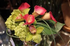 Gorgeous raspberry & chartreuse arrangement of totally *fake* flowers from Trims in Edgemont.  Even standing right next to them, you'd never know.  They're amazing!