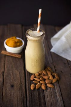 My love of nut milks and amazing fall flavors inspired this slightly sweet, slightly spicy, gorgeous, silky Pumpkin Spice Almond Milk. Yummy Drinks, Healthy Drinks, Yummy Food, Tasty, Healthy Milk, Healthy Smoothies, Pumpkin Recipes, Fall Recipes, Pumpkin Milk Recipe