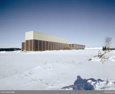fabrikkbygning, snø