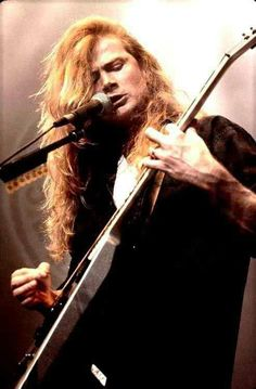 Dave Mustaine - Megadeth........................