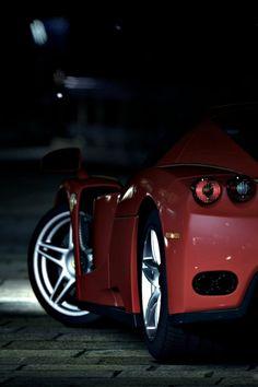 640-Ferrari-Enzo-Gran-Turismo-l