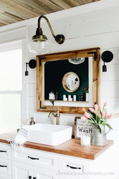 Bathroom Inspiration | Bathroom Ideas | Modern Barn Bathroom |
