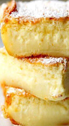 Magic Cake - The magic happens when. Magic Cake - The magic happens when the cake batter separates into three distinct layers in the oven. Lemon Desserts, Easy Desserts, Delicious Desserts, Cake Mix Desserts, Oreo Desserts, Plated Desserts, Magic Cake Recipes, Cake Mix Recipes, Lemon Magic Cake Recipe