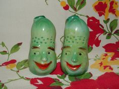 Vintage Anthropomorphic Salt and Pepper Set - Smiling Pickles on Etsy, $24.00
