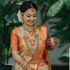15 Classy brides who rocked Kanjeevarams! Bridal Sarees South Indian, Bridal Silk Saree, Indian Bridal Outfits, Indian Bridal Fashion, Saree Wedding, Wedding Outfits, Bridal Lehenga, Indian Sarees, Wedding Dresses