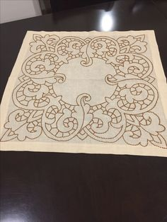 Arte Popular, Blackwork, Elsa, Projects To Try, Couture, Embroidery, Decor, Alphabet, Dibujo
