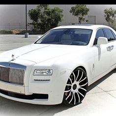 Rolls Royce......Ghost.