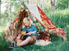 Cute camping set-up for your engagement photos, or glamping honeymoon!