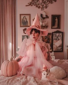 Costume Halloween, Creepy Doll Costume, Amazing Halloween Costumes, Easy Costumes, Costumes For Women, Halloween Fun, Costume Ideas, Creative Costumes, Halloween Celebration