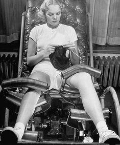 Cadeira de massagem nos anos 40 para diminuir a flacidez após a perda de peso.