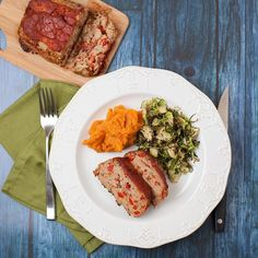 We doubled down on new menu items this week!  Welcome our new Turkey Meatloaf w/ Sweet Potato Mash and Brussels.  Paleo-inspired & plant-strong the load is 50% veggies and topped with our scratch maple BBQ.  Who doesnt  meatloaf!  #glutenfree #meatloaf #paleorecipes #plantstrong