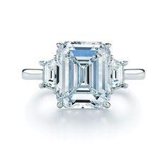 Gorgeous Emerald Cut Diamond Platinum Ring Trapezoids | Kwiat