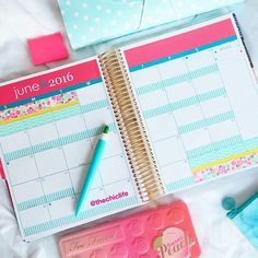 How to decorate the monthly layout of your planner - Planner Decorations June 2016 (Erin Condren Vertical)