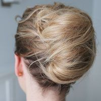 If you're facing a time crunch, here's the perfect hairstyle to look effortlessly chic in just three minutes.