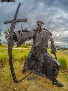 Conjunto de esculturas en Costanera Sur de Ciudad de Corrientes, realizado por la agrupación Cultura Vallese en homenaje a Andrés Guacurarí y sus Guaraníes de los Pueblos Libres
