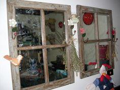 espelho com moldura em material de demolição