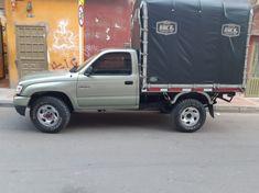 🔥Se Vende🔥 2002 Toyota Estacas Precio: $45,000,000  📍Ubicación: Bogota ♦Kilometraje: 150,000 kms ♦Transmisión: Mecánica ♦Combustible: Gasolina    Posibilidad de financiación disponible para vehiculos de hasta 10 años de antiguedad con Publicarros.com al 📱 3147797687  #carga #cargapesada #kenworthcolombia #moviendoacolombia #pesadosdecolombia #tractomulascolombianas #trucks_colombia #viajandoporcolombia #camioncolombia #camioneroscolombia #camionescolombia #camionescolombianos… Trucks, Vehicles, Toyota Trucks, Colombia, Budget, Truck, Car, Vehicle, Tools
