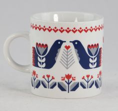For the crafty mom on mother's day! Wisconsin was settled by a largely Scandinavian population. Celebrate our heritage with these beautiful Folklore Mugs, decorated with Scandinavian-inspired red