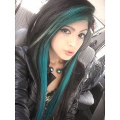 If i do black & teal it think I'll add a couple peek a boos Teal Hair, Green Hair, Black Hair, Teal Green, Hair Color And Cut, Cool Hair Color, Hair Colors, My Hairstyle, Pretty Hairstyles
