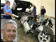 PETER BROCK KILLED IN CRASH Australian Muscle Cars, Aussie Muscle Cars, Holden Australia, Australian People, Old Race Cars, Car Crash, Vintage Cars, Cool Cars, Super Cars