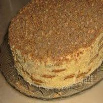 Bolo Gelado de Bolacha com Leite Condensado Mini Desserts, Easy Desserts, Delicious Desserts, Portuguese Desserts, Portuguese Recipes, Portuguese Food, Sweet Recipes, Cake Recipes, Dessert Recipes